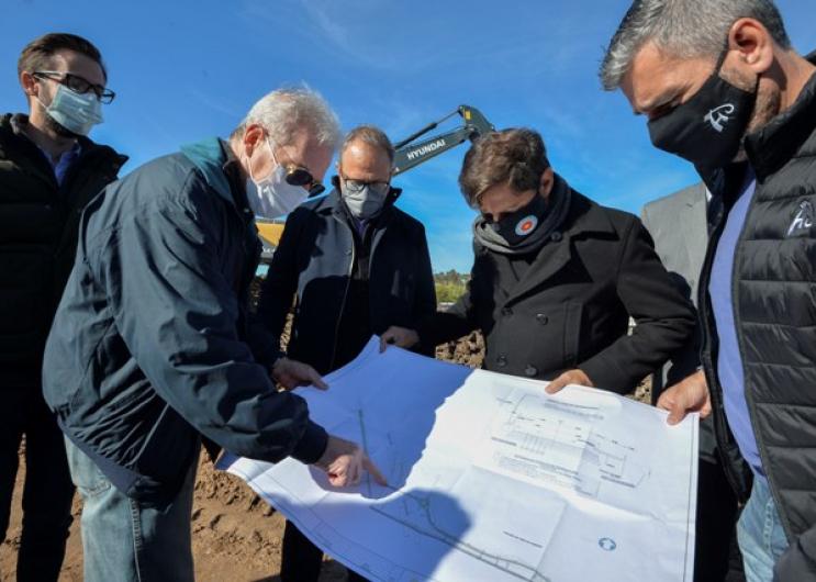 Kicillof recorrió las obras del corredor que conectará Hurlingham y Tres de Febrero